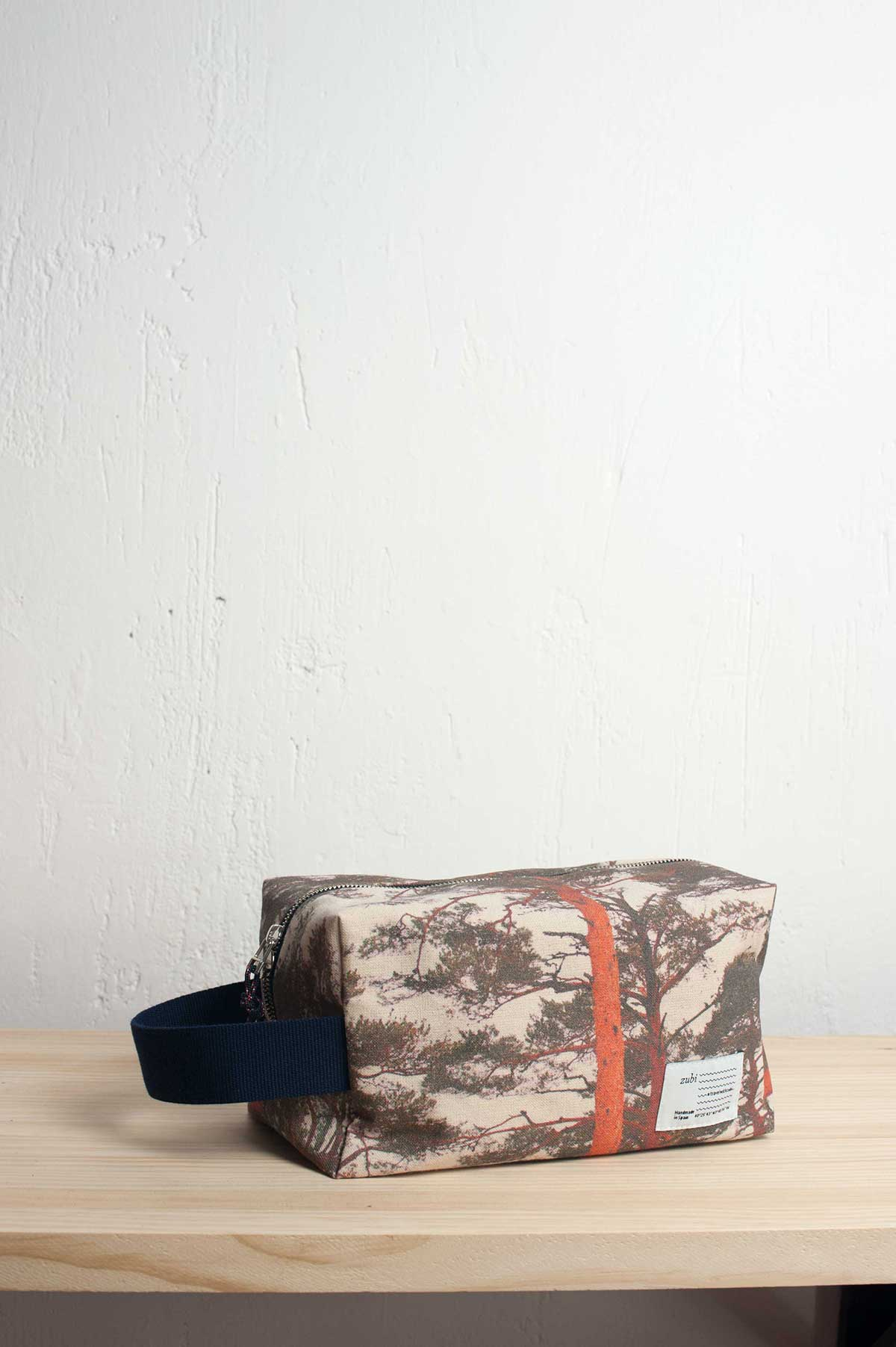 zubi_canvas_beauty_bag_Navacerrada_002