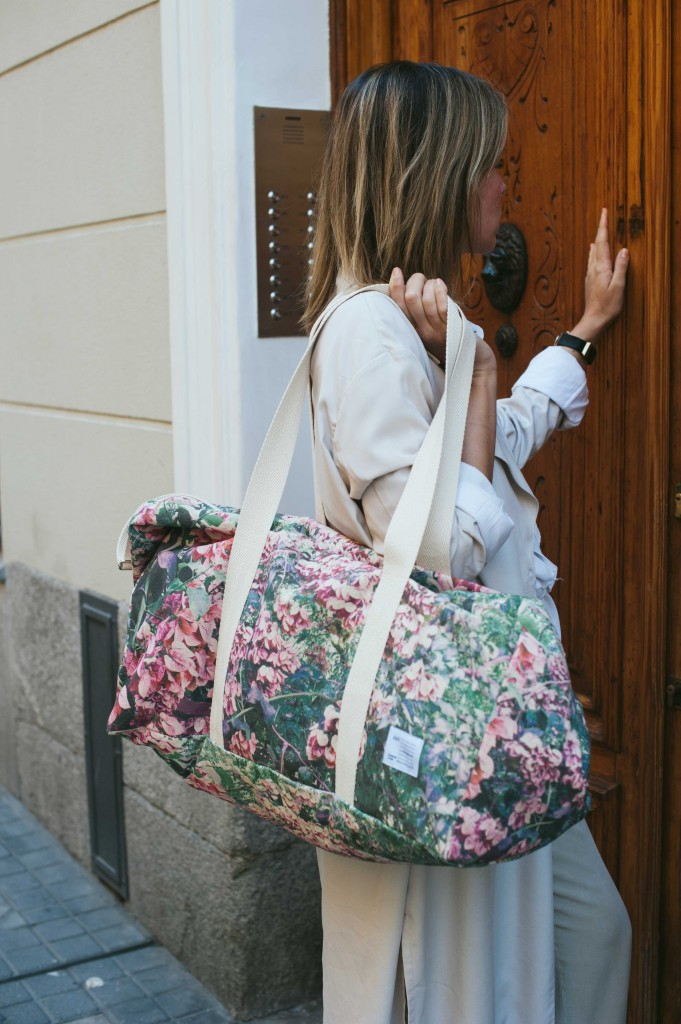 zubi_travel_canvas_duffle_bag__003